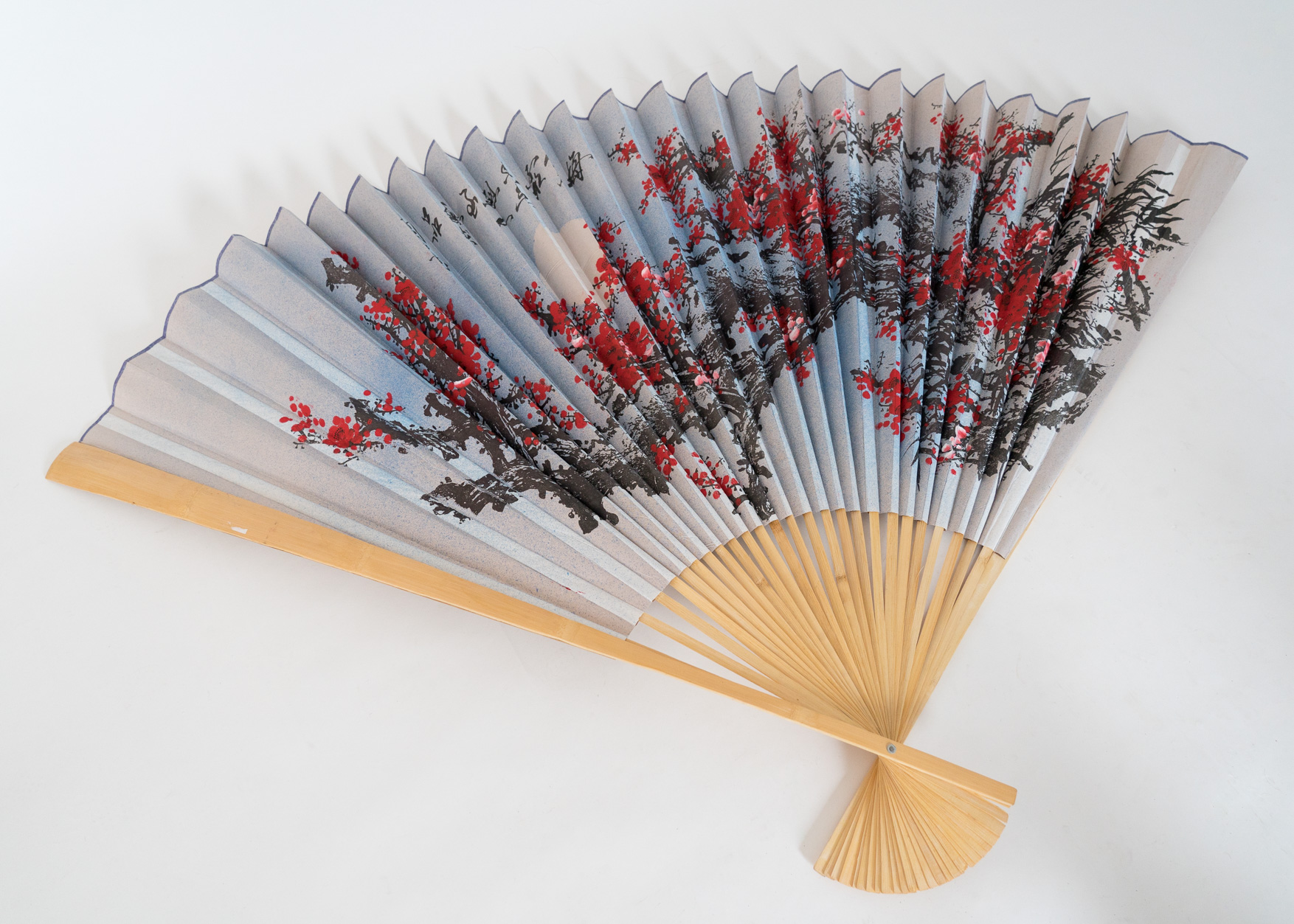 Large Japanese hand fan
